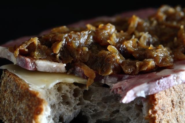 onion sandwich_051