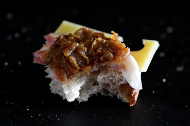 onion sandwich_053